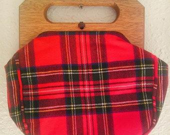 Beautiful 1950s wooden handle plaid purse