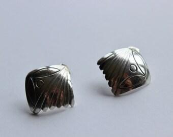 SALE Vintage Sterling Silver Modernist Curved Geometric Pierced Post Earrings