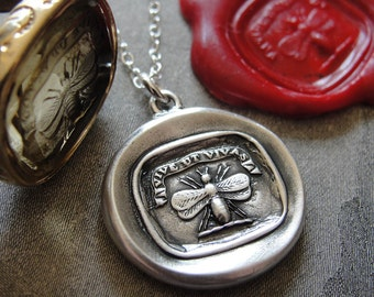 Wax Seal Necklace Bee - Live Life To The Fullest - antique wax seal jewelry charm Latin motto Vive Ut Vivas by RQP Studio