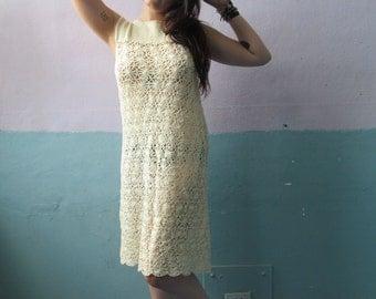 Vintage 60s 70s Crochet Knit Dress / Flower Child / Boho Chic