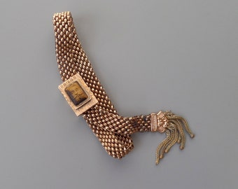 Antique Victorian Mesh Bracelet with Hand Carved Tigers Eye Cameo.