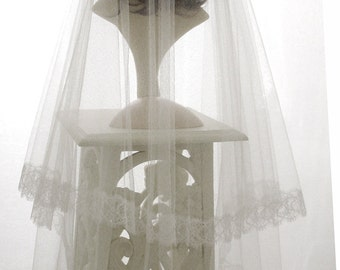 Wedding veil - Chantilly Silk - 2 layer bridal veil in  pure silk tulle with Chantilly lace edge.