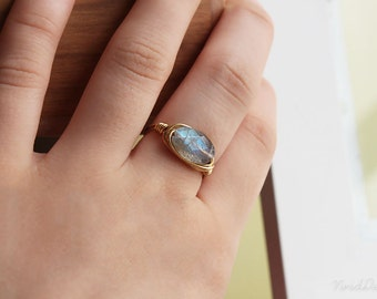 Labradorite Ring, OOAK Jewelry, Wire Wrapped Ring