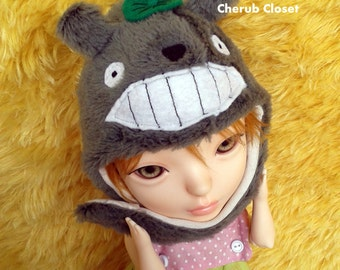 Exclusive Totoro Hat with scarf  and mitten for Koo Dolls
