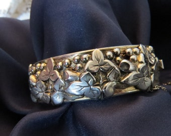 Vintage Silver toned Raised 3D Floral Beaded Bangle Art Nouveau Repousse Style Engraved Bangle Bracelet