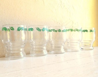 Set of Matching Clear Juice Glasses Drinking Glass Grean Leaves Design