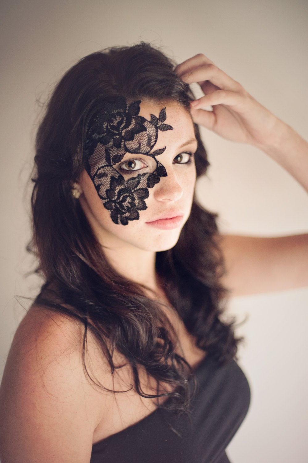 Masquerade Mask Black Lace Strapless Mask