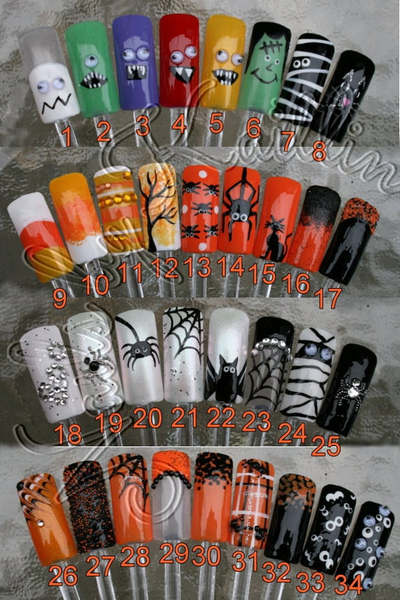 Spooky October Artificial Nail Art