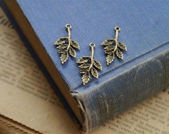 10 pcs Antique Bronze Leaf Charms Pendants 30mm (BC1074)