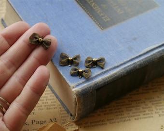 6 pcs Antique Bronze Mesh Bow Charms 18mm (BC2031)