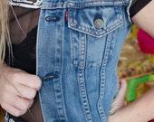 LEVIS denim cut off vest 90s Size XS