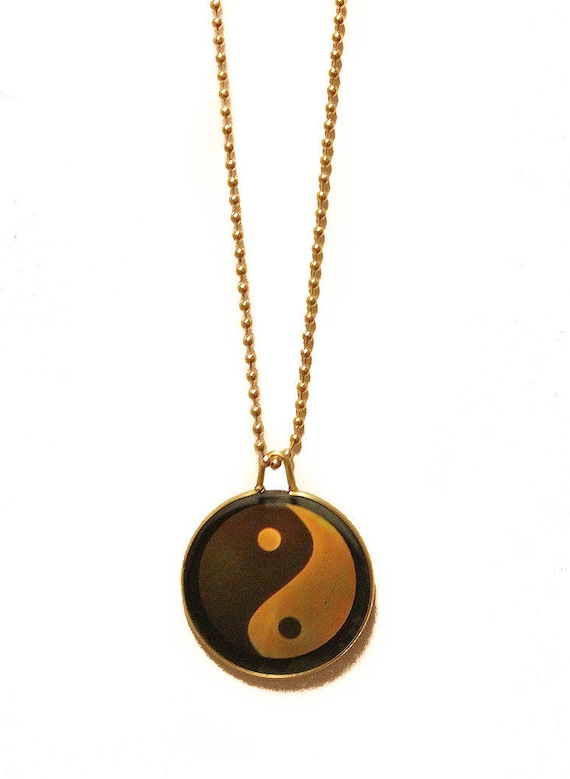 90s hologram necklace pendant yin yang evil eye sun god