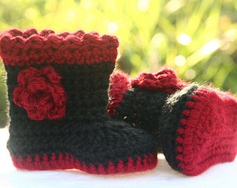 Crochet Baby Boots - Baby Winter Boots - Handmade Black and Red Baby Girl Boots - Warm Crocheted Fashion Baby Shoes - MADE TO ORDER
