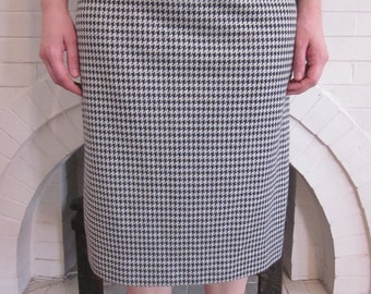 Black and White Houndstooth Midi Tube Skirt - Size Medium