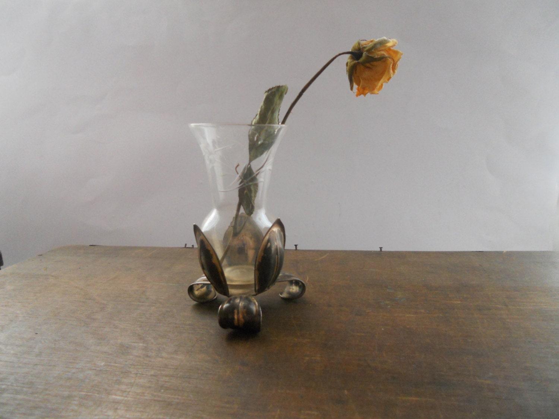 Vintage glasvase mit metall basis kleine footed von - Glasvase vintage ...