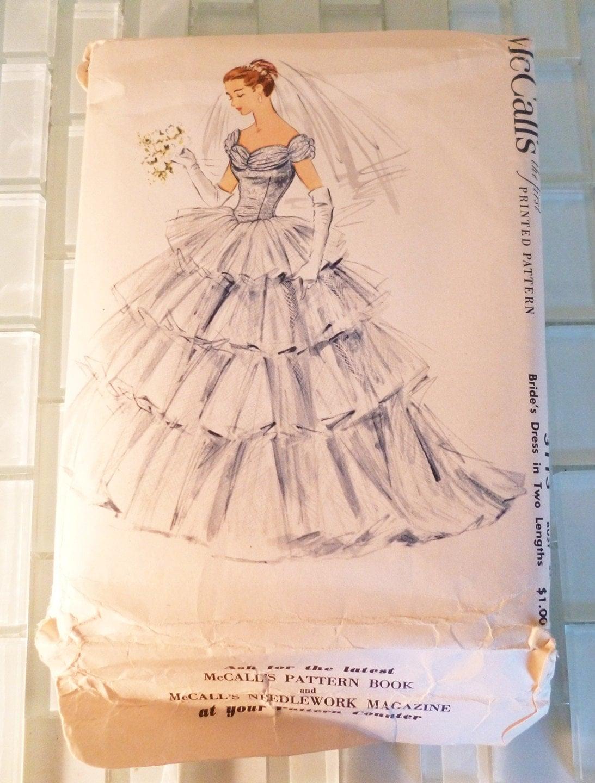 Mid century mccalls wedding dress pattern uncut size 14 3113 for Wedding dress patterns mccalls