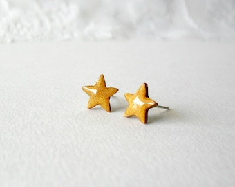 Honey Gold star post earrings- Cute polymer clay jewelry
