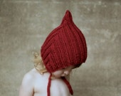 CHUBBY PIXIE HAT, Red, Handmade, 100% Wool, Vintage Inspired Elfin Hat