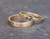 Hammered Gold Wedding Rings // 14k Gold Ring Set // Yellow Gold //Eco Friendly Recycled Gold //Matching Gold Wedding Bands