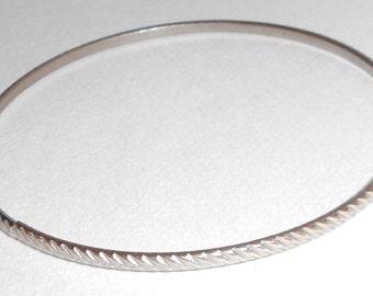 vintage bangle bracelet silver tone metal a simple bangle 1980s jewelry