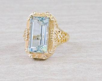 Art Deco Filigree, Fine Aquamarine Ring of Singular Quality 1UJ8KJ- D