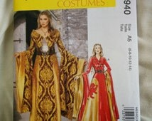 Misses Game of Thrones Queen  Medieval Costumes costume Pattern Mccall M6940