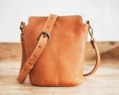 COWHIDE Leather bag // Small Leather handbag // Brown Leather bag // Cross-body leather tote bag FLOR // Small shoulder bag