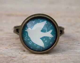 Dove Ring. Blue Ring. Bird Ring. Bird Jewelry. Bird Jewellery. Glass.Glass Dome Ring. Adjustable Ring