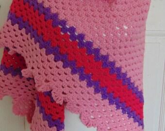 crochet shawl pink, dark pink and purple