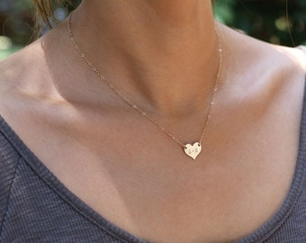 Personalized Heart Necklace - Gold filled heart necklace, initial necklace . gold heart necklace // Gift for her  EP015