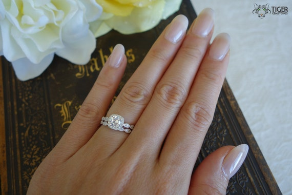 3/4 Carat Halo Wedding Set, 5mm Center Stone, Bridal Rings, D Color Flawless, Man Made Diamonds, Engagement Rings, Wedding, Sterling Silver