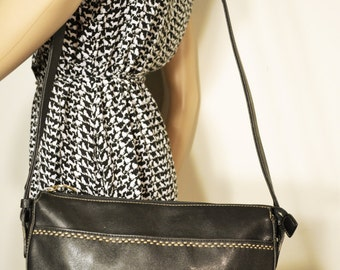 Liz Claiborne, Black Leather Purse,bag,Shoulder Bag