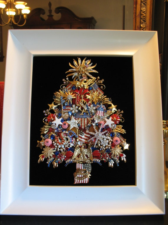 Items Similar To Framed Vintage Jewelry Christmas Tree 4th
