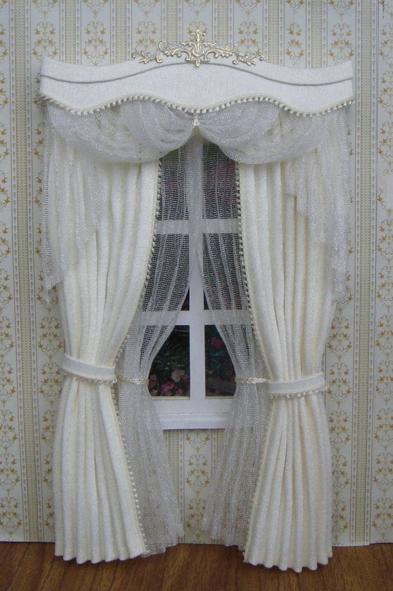 items op etsy die op miniature 1 12 dollhouse curtains on. Black Bedroom Furniture Sets. Home Design Ideas