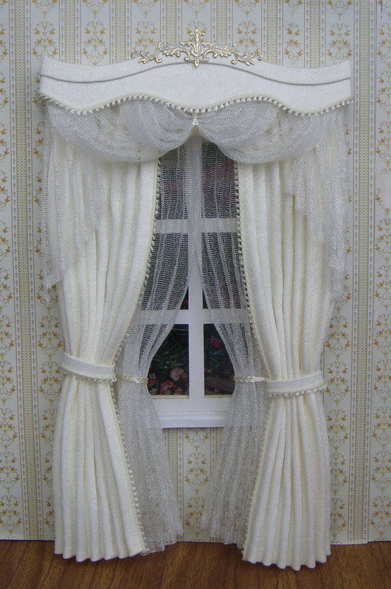 items op etsy die op miniature 1 12 dollhouse curtains on order lijken. Black Bedroom Furniture Sets. Home Design Ideas