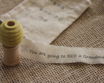 Pregnancy Announcement, You are going to be... Secret Message, Gender Reveal, Bee