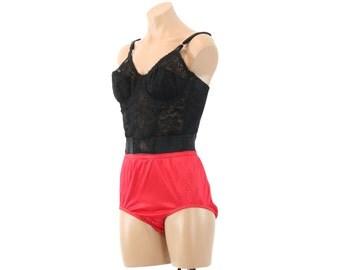Vintage 70s Vanity Fair Corset Black Lace Bustier Body Shaper Lingerie Bra Womens Fashion 1970s 36B