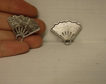 10 fan charm pendant tibetan silver antique silver style wholesale
