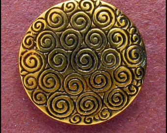 """Celtic Spiral - Shank Button for knitters and craftworkers - 7/8"""" Diameter - B678"""
