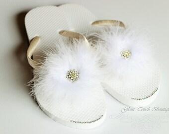 BRIDAL Flip Flops, WEDDING Flip Flops,Rhinestone Flip Flop, Bridesmaid Flip Flops, Feather Flip Flop, Bridesmaid Gifts, Bridal Party Gift