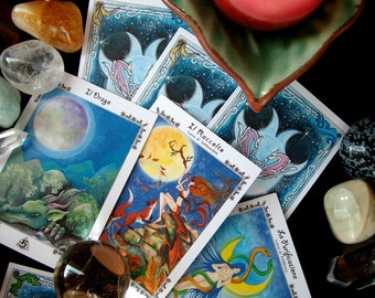 LUNAR ORACLE - divination cards inspired by the Moon
