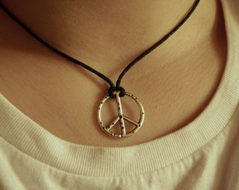 Rope necklace with pendant by peace