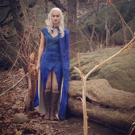 daenerys targaryen blue white - photo #24