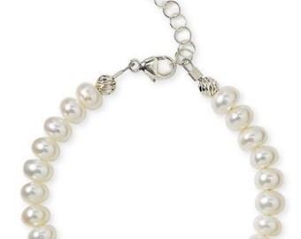 Girl Pearl Bracelet, Little Girls Pearl Bracelets, Flower Girl Gifts, Girls Baptism Gift
