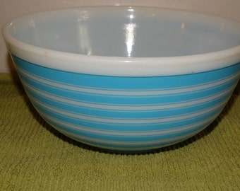 PYREX MILK GLASS, Rare Powder Blue & White Pyrex Serving Bowl, Mixing Bowl, Milk Glass, Blue and White Stripes