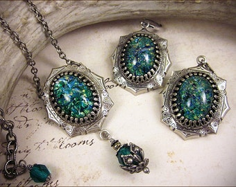Teal Green Blue Renaissance Necklace and Earring Set, Jewel Necklace, Tudor Jewelry, Medieval Renaissance Jewel Earrings, Ready to Ship