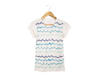 Waves Tee - Boyfriend Fit Crew Neck Tshirt with Rolled Cuffs in Heather Cream & Ocean Blue Teal - Women's Size S-3XL