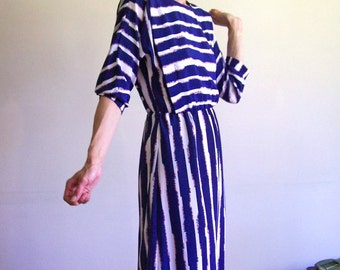 """Vintage 80s Blue and White Stripe dress with raglan 3/4 sleeves - small or medium 36"""" bust"""