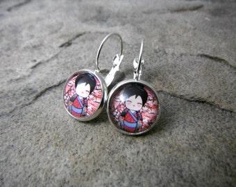 Geisha Earrings, Cartoon Girl Earrings, Japanese Girl Earrings, Kimono Earrings, Leverback Earrings, Japanese Earrings, Japanese Jewelry