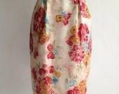 Vintage pastel watercolor floral embossed silk pencil skirt / S / M